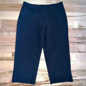 Nike Black Dri-FIT Loose Capri Pants M